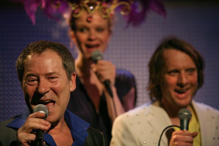 Bill van Dijk zingt Jij en ik op Eurovisie songfestival