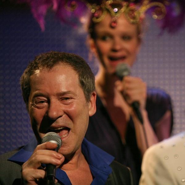 Interview Bill van Dijk over Eurovisie Songfestival.